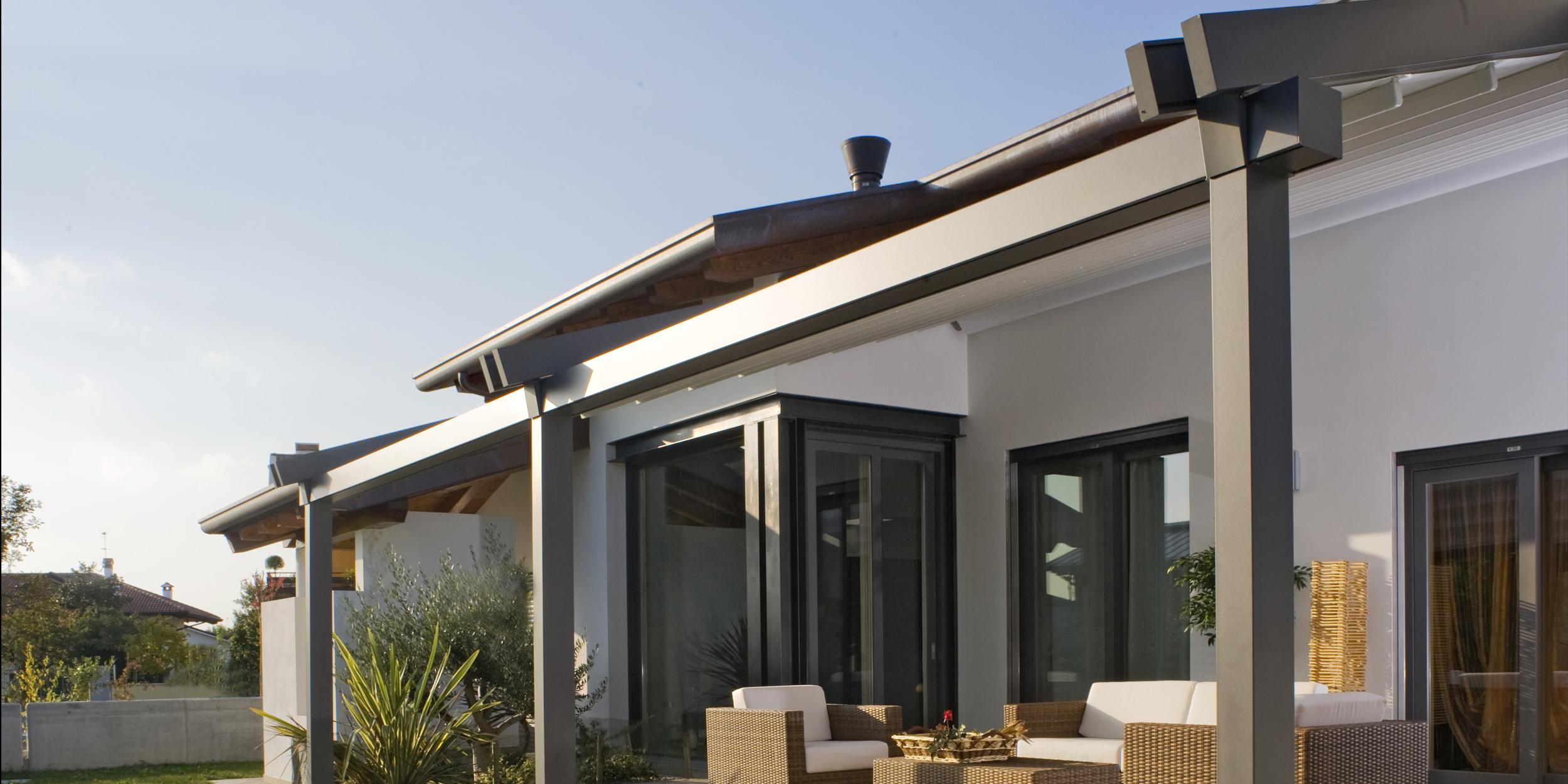 Pergola infinity pergola apribile dal design lineare e for Piani tetto veranda protette
