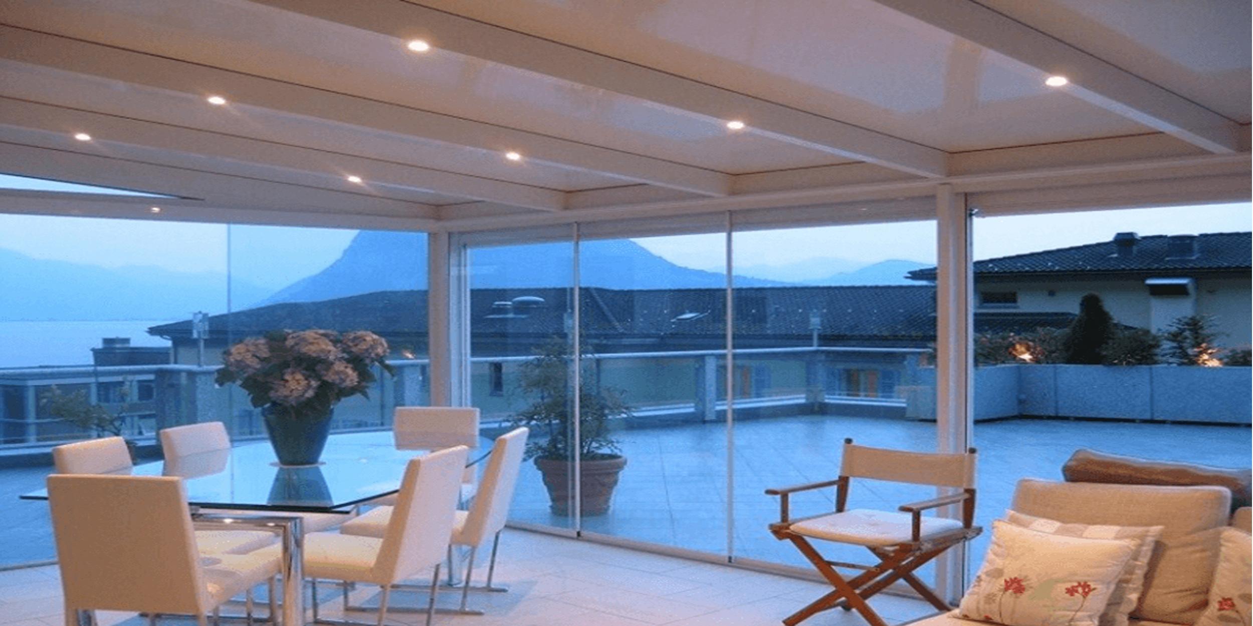 Vendita vetrate panoramiche scorrevoli per verande dehor for Tutto per terrazzo