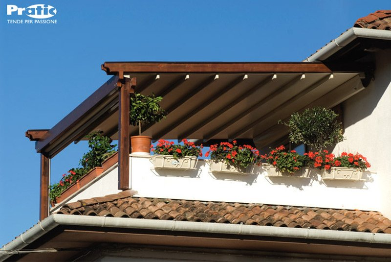 pergole wood e wood plus - pergolato di pratic con struttura in ... - Pergola In Alluminio Gazebo In Legno