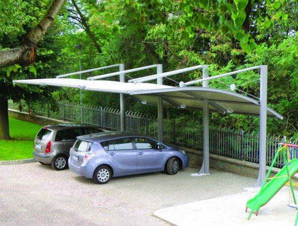 Tettoia parking tettoia in acciaio e pvc per riparo for Gazebo per auto usato